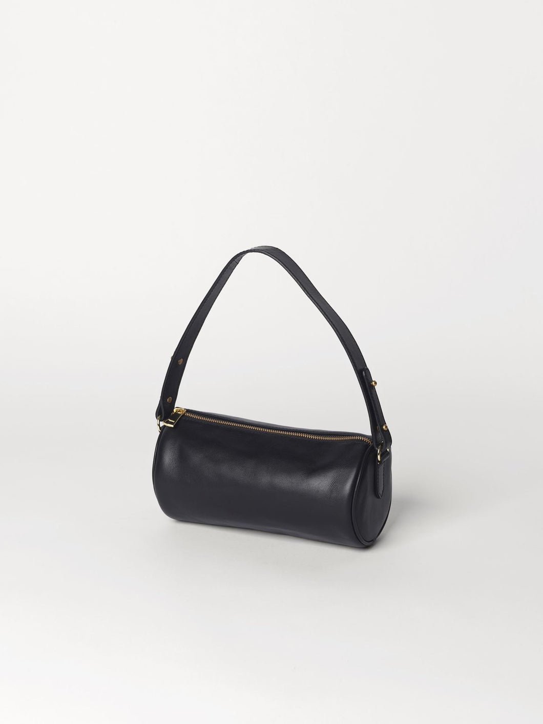 Waxy Barrol Bag Black