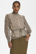 Load image into Gallery viewer, Bettiekb Blouse Cream/Brown