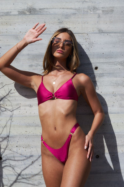 Cherry Set Vic Top, Aviv Bottom