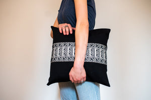 The Carnation Pillow in Black