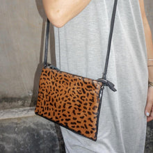 Load image into Gallery viewer, Emily Crossbody Bag