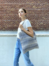 Load image into Gallery viewer, Dobi Daily Bag - Blue