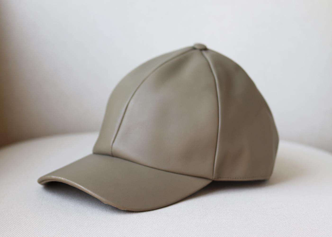 VIANEL NEW YORK LEATHER BASEBALL CAP