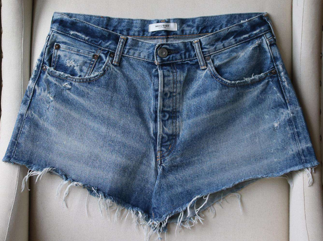 MOUSSY VINTAGE WISCONSIN DISTRESSED SHORTS W30 UK 12