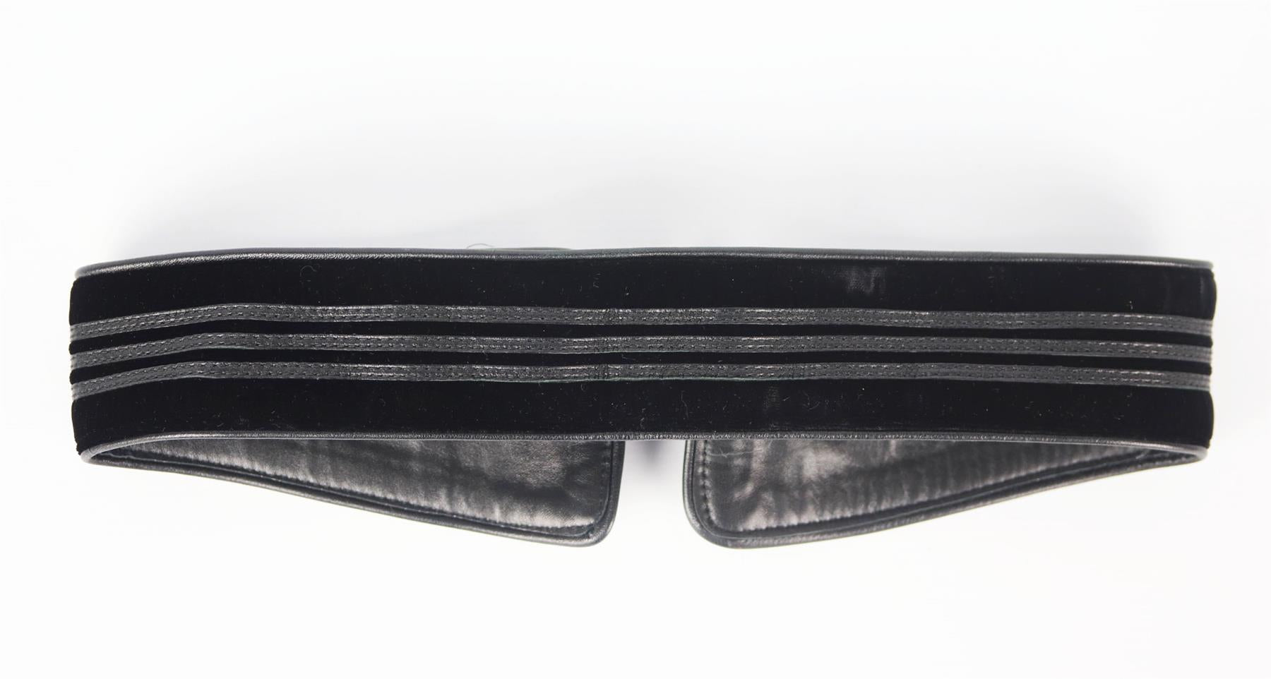 GUCCI LEATHER TRIMMED VELVET WAIST BELT 75
