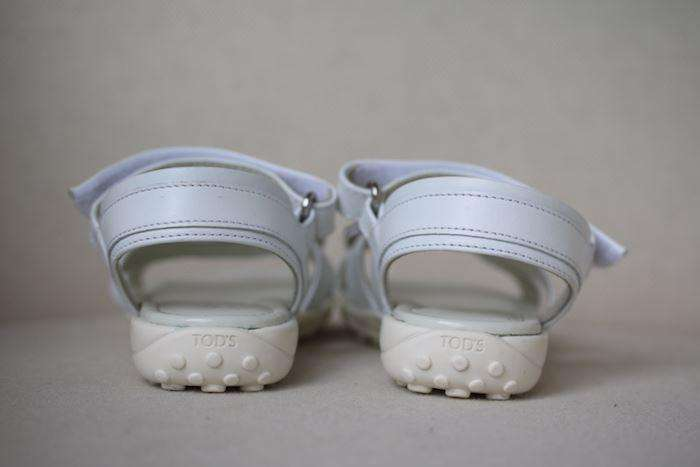 TOD'S JUNIOR GIRLS WHITE LEATHER SANDALS EU 26 UK 8.5