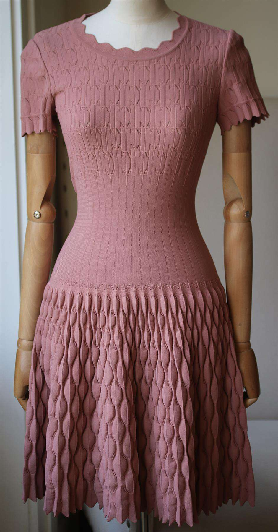AZZEDINE ALAÏA KNITTED MINI DRESS FR 38 UK 10
