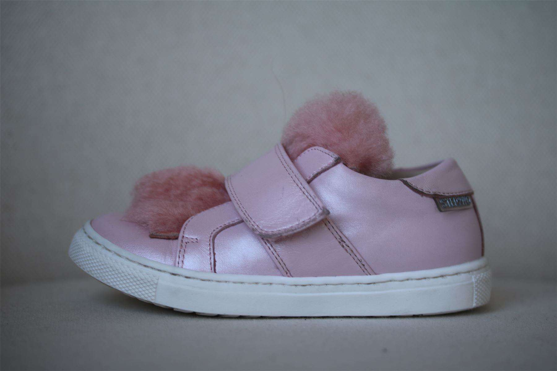 STEP2WO GIRLS PINK MUFF TRAINERS EU 25 UK 8