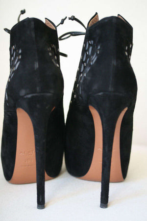AZZEDINE ALAIA SUEDE LASER CUT OUT ANKLE BOOTS 38.5 UK 5.5 US 7/8