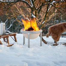 Load image into Gallery viewer, Feuerfreund Ceramic Fire Pit burning in snow