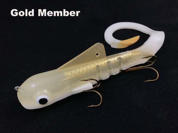 Musky Innovations Shallow Mag Dawg - Gold Member