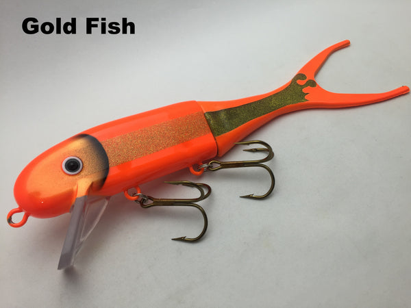 Musky Innovations Shallow Invader - Gold Fish