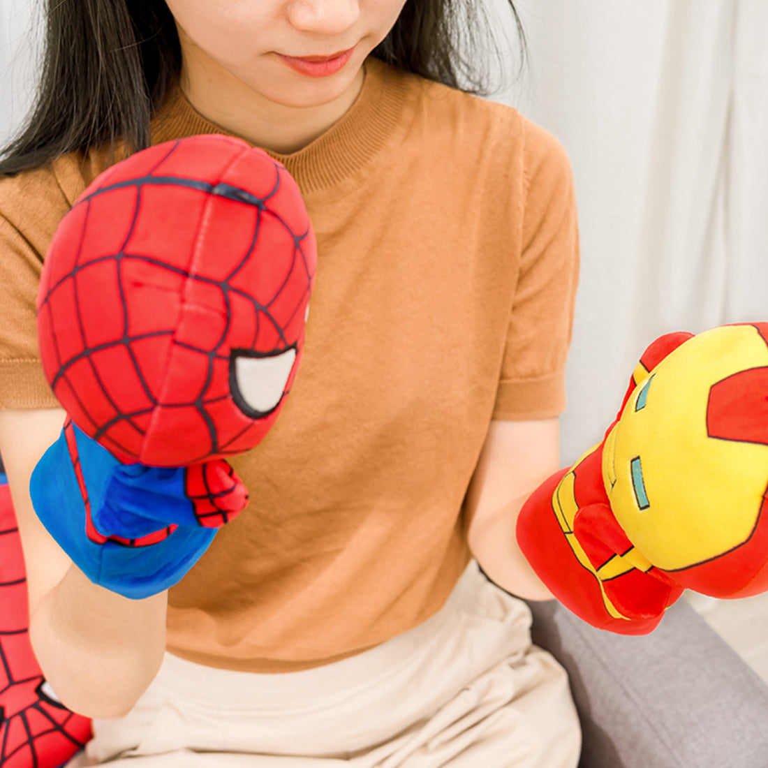 MINISO x Marvel - Small Hand Puppet