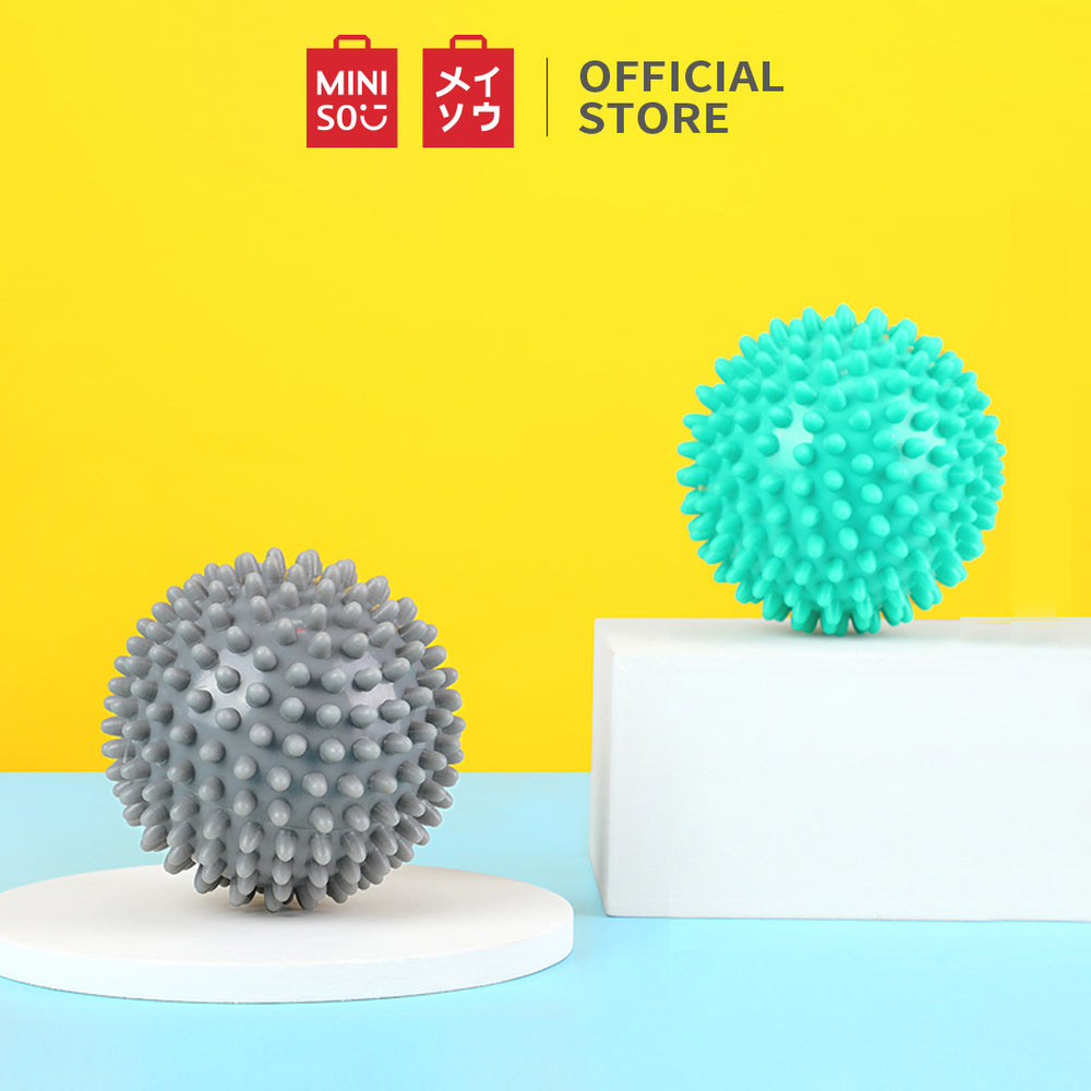MINISO Sports Spiky Massage Ball (Grey) 2 Pack