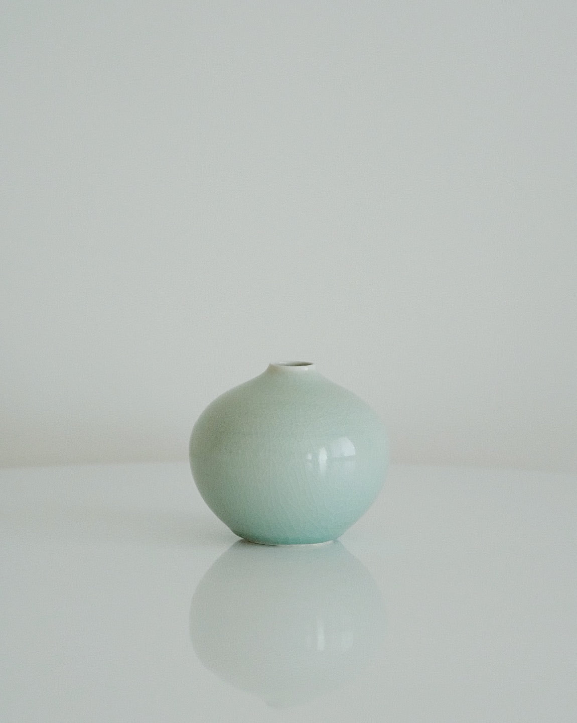 Light-Chungja(軟靑瓷) Vase (Small)