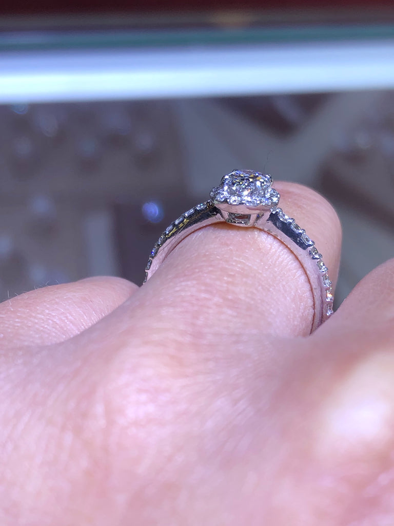14K White Gold Diamond Oval Engagement Ring
