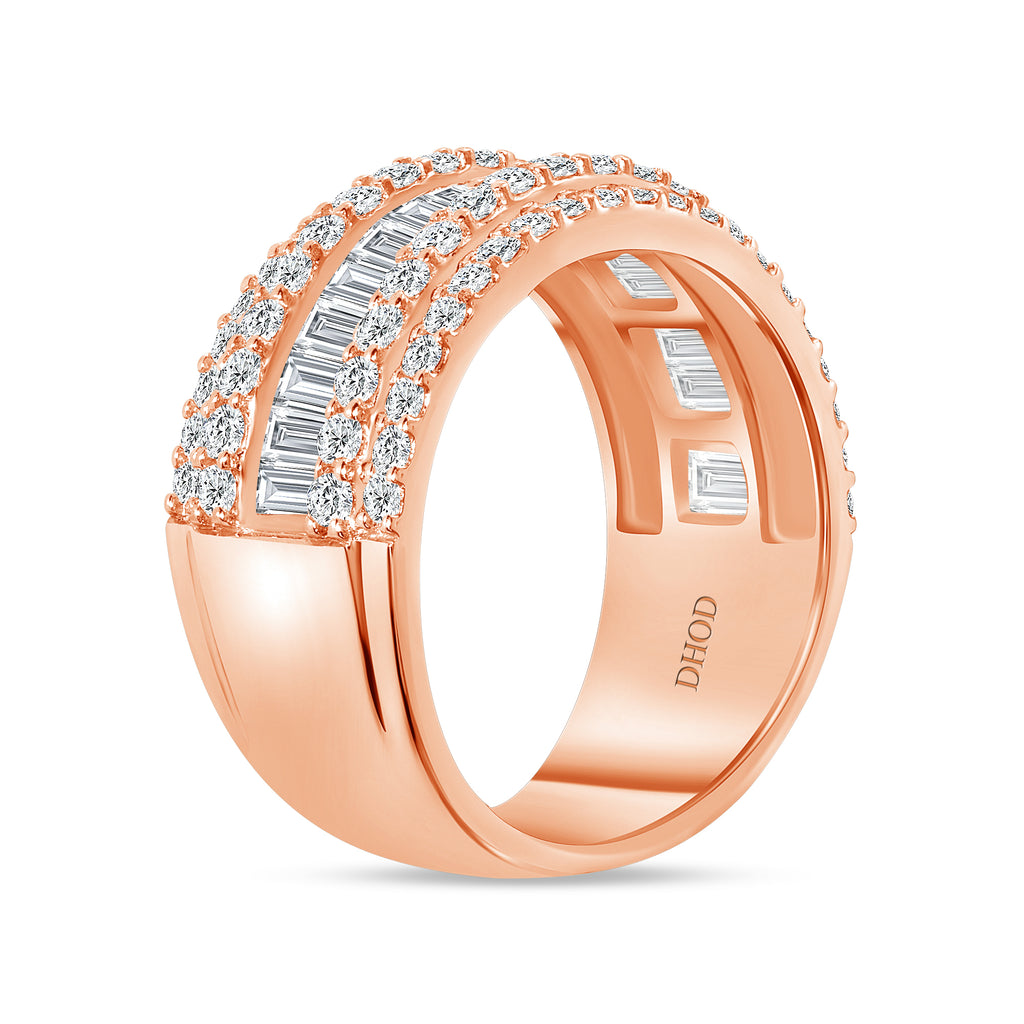 14K Gold Diamond Baguette and Round Band