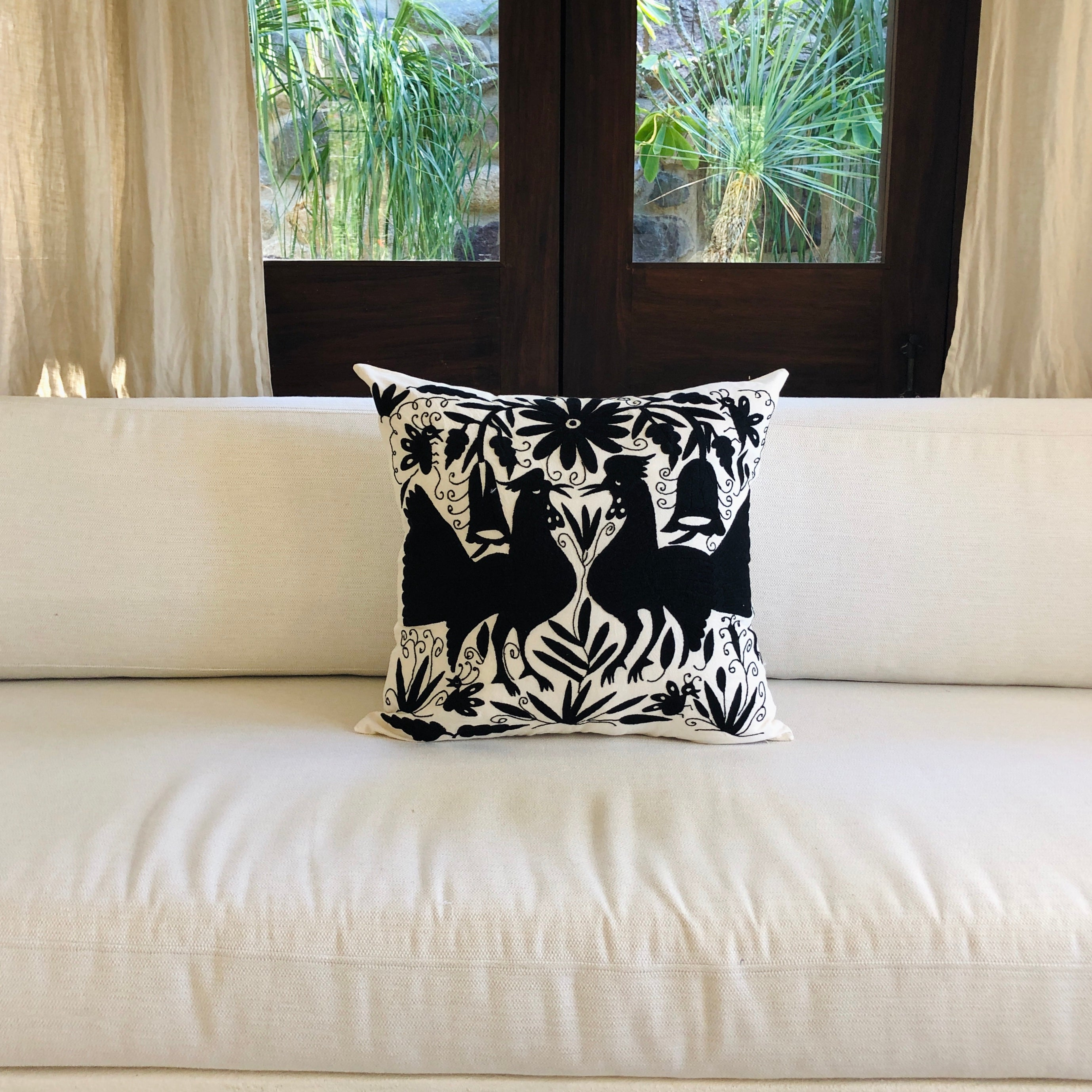 Large Otomi pillow cover -BLACK