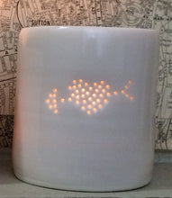 Load image into Gallery viewer, Eros Heart mini porcelain tealight holder