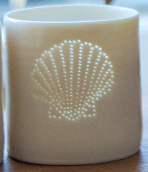 Fan Shell mini porcelain tealight holder