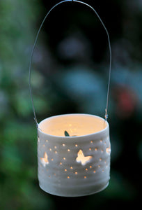 Flutter hanging mini tealight holder