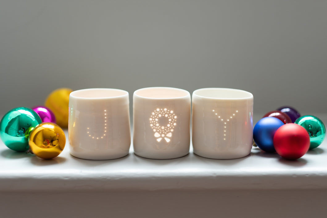 Joy letter mini porcelain tealight holder set with wreath