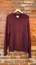 Load image into Gallery viewer, Men's St. John's Bay Burgundy Crew Neck Knit Sweater Size L