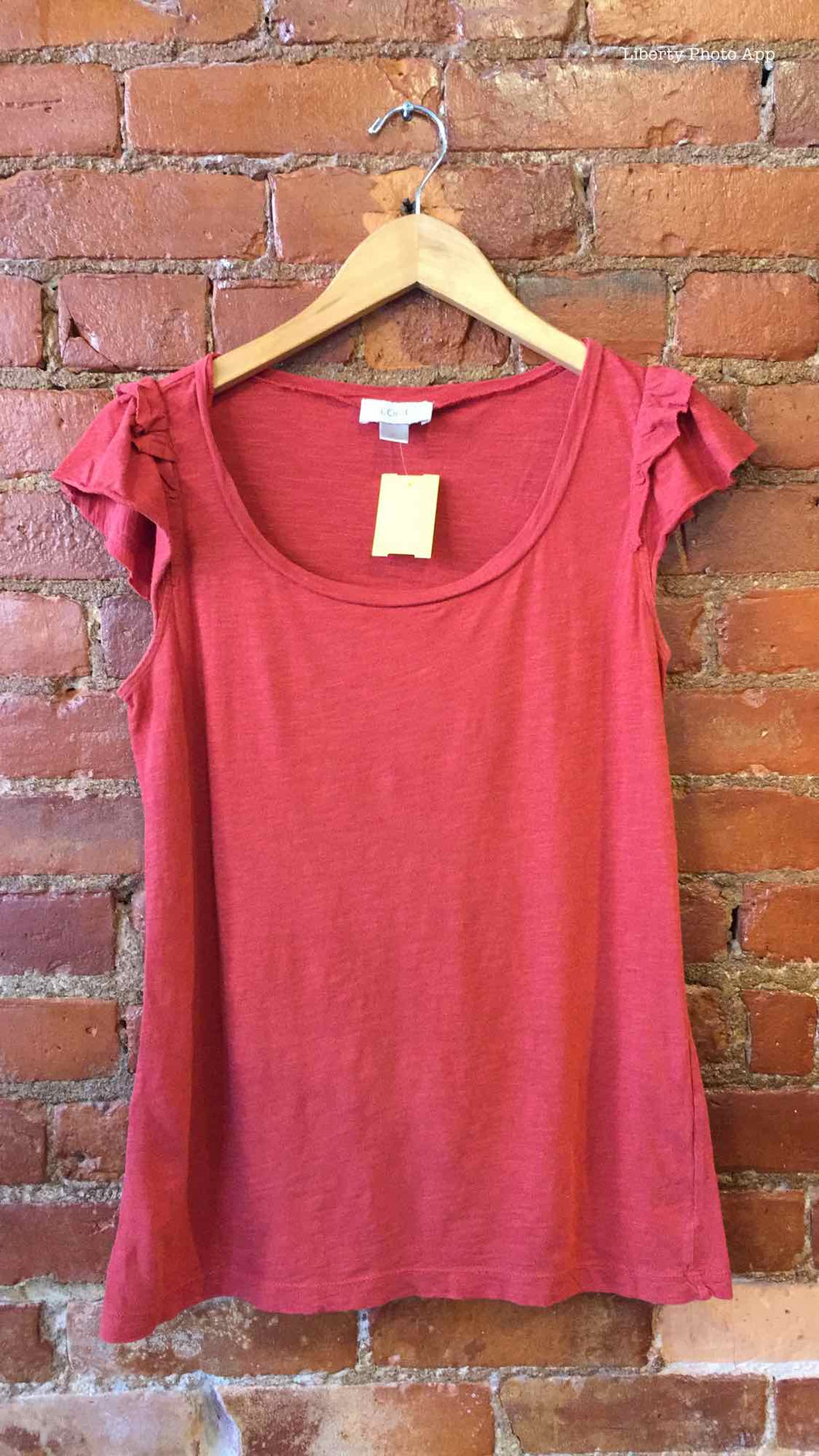 Ann Taylor LOFT Brick Size Medium T-shirt