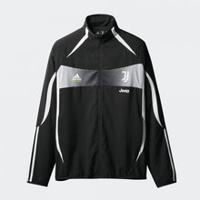 Load image into Gallery viewer, Juventus Palace 19/20 Black Jacket