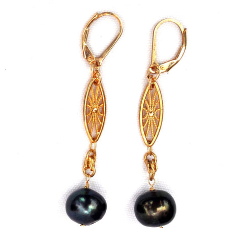 freshwater black pearl earrings