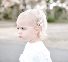 Load image into Gallery viewer, Alana Hair Clips