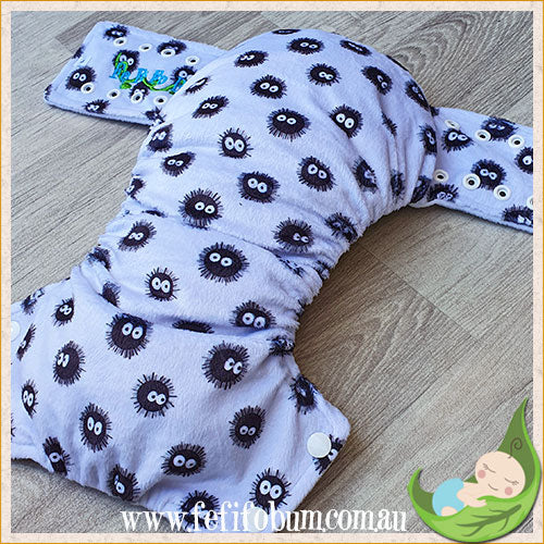 Minky Workhorse Nappy (LARGE) - Soot Sprites