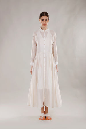 Dhi Dress with classic shirt cuffs - Dhi