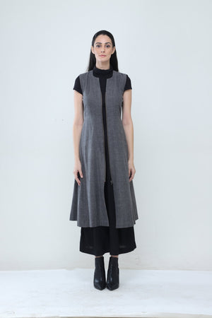 Sleeveless Trench Coat - Dhi