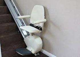 Dolphin SP100 Stand and Perch Model Stairlift