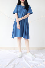 Load image into Gallery viewer, PLEATED SIDE HEM DRESS