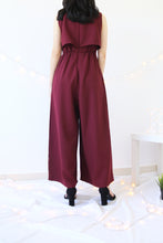 Load image into Gallery viewer, V-NECK FRONT BUTTONS SLEEVELESS JUMPSUIT