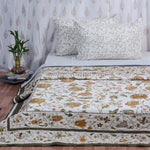 Brown Daisy Cotton Double Bed Quilted Bed Cover (Comforter)