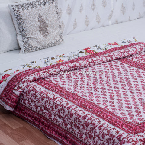 Pink Reversible Single Bed Flower Motifs Quilt