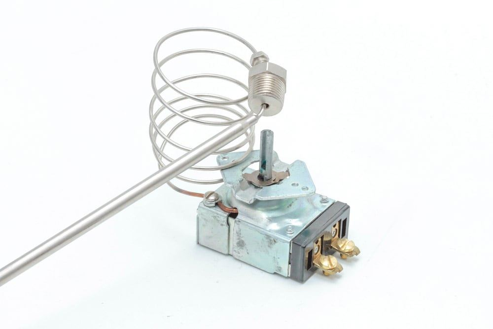 ROBERTSHAW EA5-288-36 Universal Thermostat 200°F-375°F for Catering Equipment
