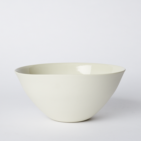 Flared Bowl Large in Milk
