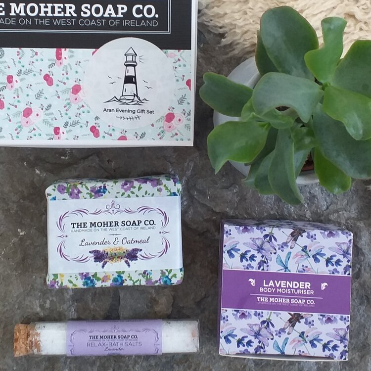 Aran Evening Gift Box Lavender Collection