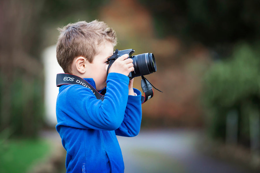 Fun Photography Projects to Do with Children