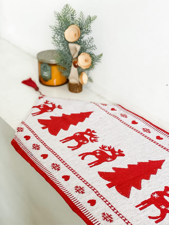 Prancer Table Runner