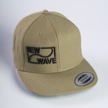 Load image into Gallery viewer, Snapback Logo Cap