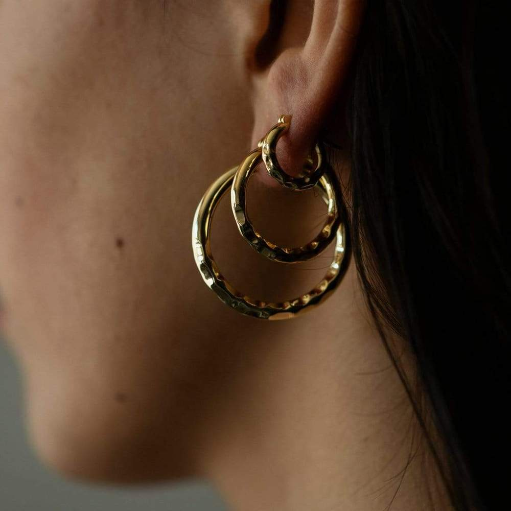 Low Ride Hammered Hoops 18k Gold