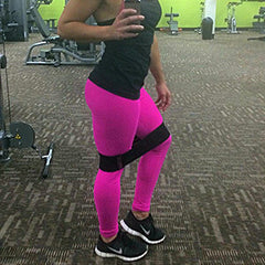 Booty Band Gym selfie | Revolutionize Fitness