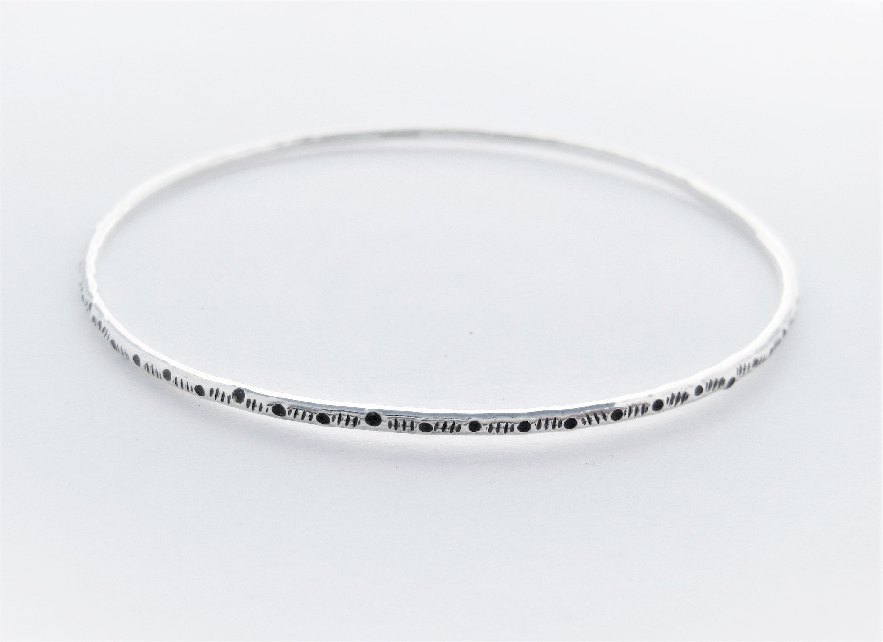 Dots & dashes Bangle