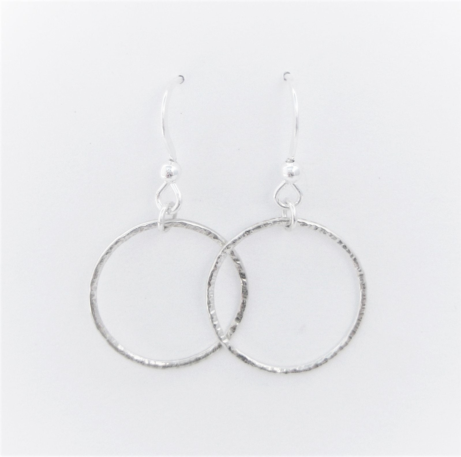 Textured Hoop Earrings (str)