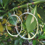 Load image into Gallery viewer, Hammered Loop earrings